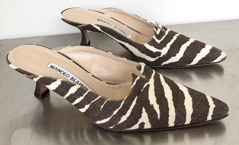 1990s Manolo Blahnik Rare Size 35.5 / 5.5 Brown + Ivory Zebra Kitten Heel Mules For Sale 5