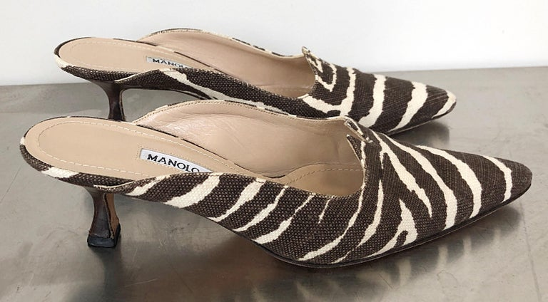 Women's 1990s Manolo Blahnik Rare Size 35.5 / 5.5 Brown + Ivory Zebra Kitten Heel Mules For Sale