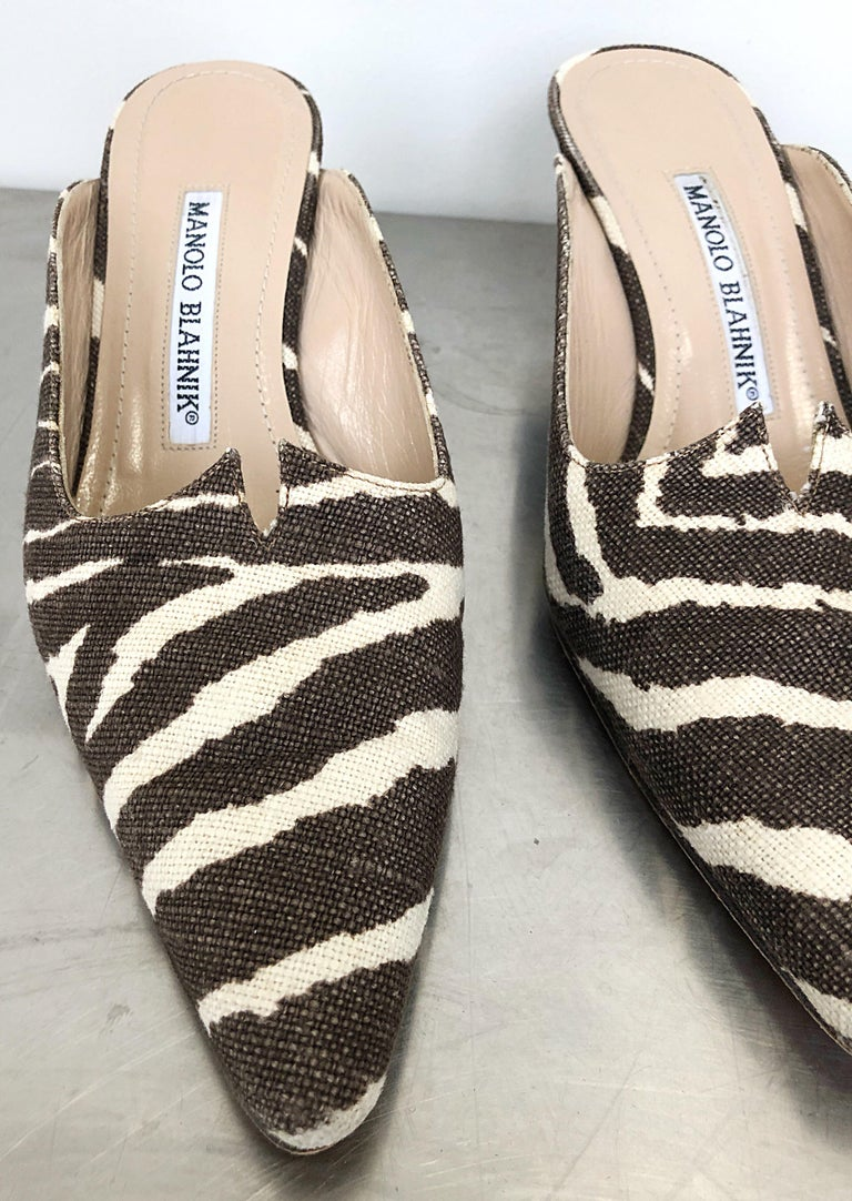 1990s Manolo Blahnik Rare Size 35.5 / 5.5 Brown + Ivory Zebra Kitten Heel Mules For Sale 4
