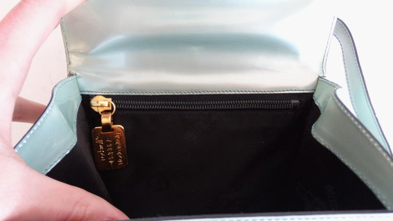 1990s Moschino Baby Blue Patent Leather Shoulder Bag  For Sale 5