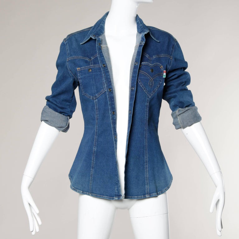 1990s Moschino Jeans Vintage Denim Heart Pocket Button Up Top, Shirt or Jacket For Sale 3
