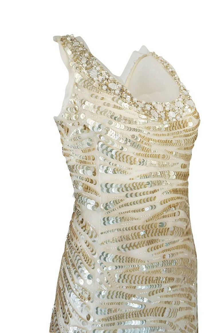 1990s Oscar de la Renta Gold Sequin & Beadwork Dress on Silk Net For Sale 2