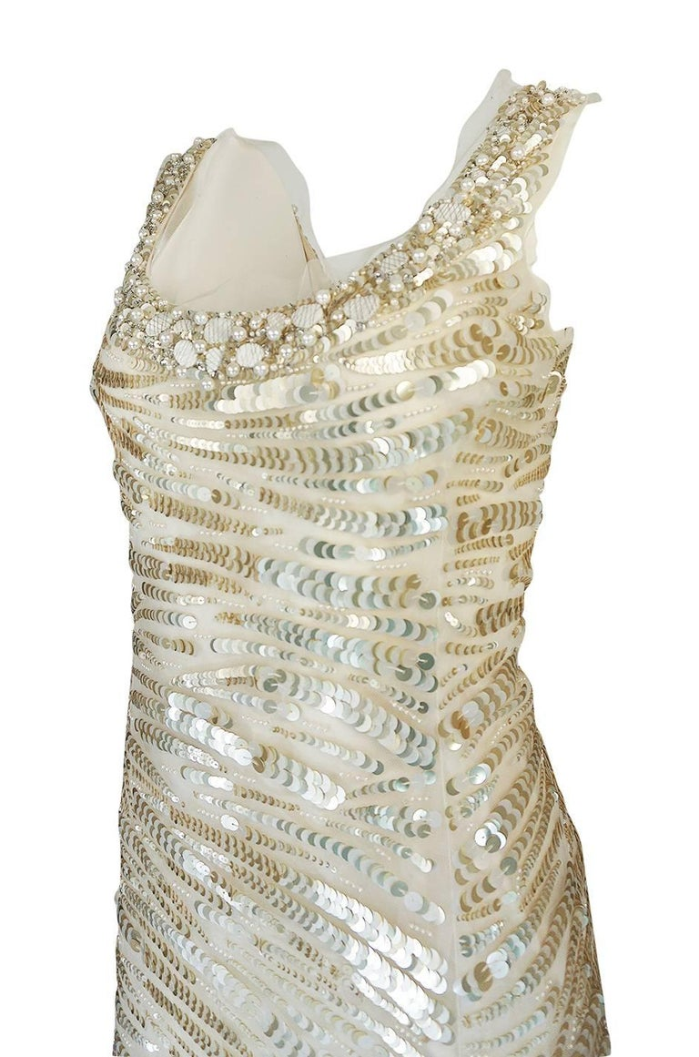 1990s Oscar de la Renta Gold Sequin & Beadwork Dress on Silk Net For Sale 3