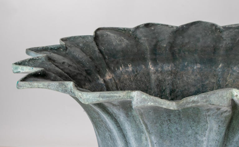 1990s Pair of Classical Bronze Garden Urns For Sale 3