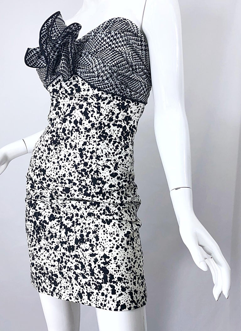 1990s Patricia Rhodes I Magnin Size 6 Black and White Vintage Strapless Dress For Sale 9