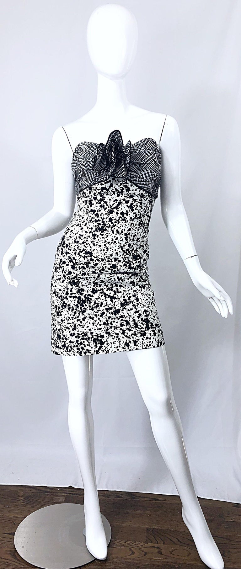 Stylish 90s PATRICIA RHODES for I MAGNIN black and white strapless cocktail mini dress! Features a black and white houndstooth silk chiffon bodice. Large chiffon flower appliqué at center bust is so SJP in,