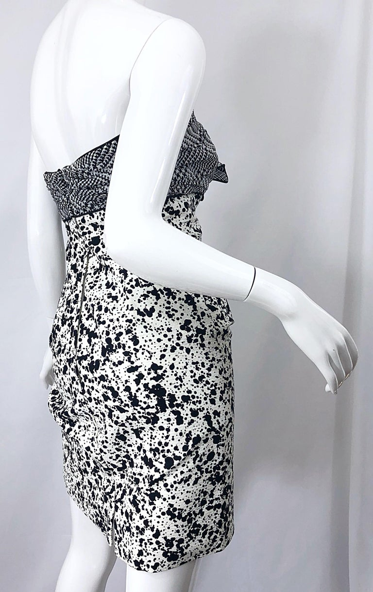 1990s Patricia Rhodes I Magnin Size 6 Black and White Vintage Strapless Dress For Sale 3