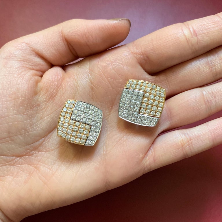 1990s Paul Binder Diamonds Gold Square Earrings In Excellent Condition For Sale In New York, NY
