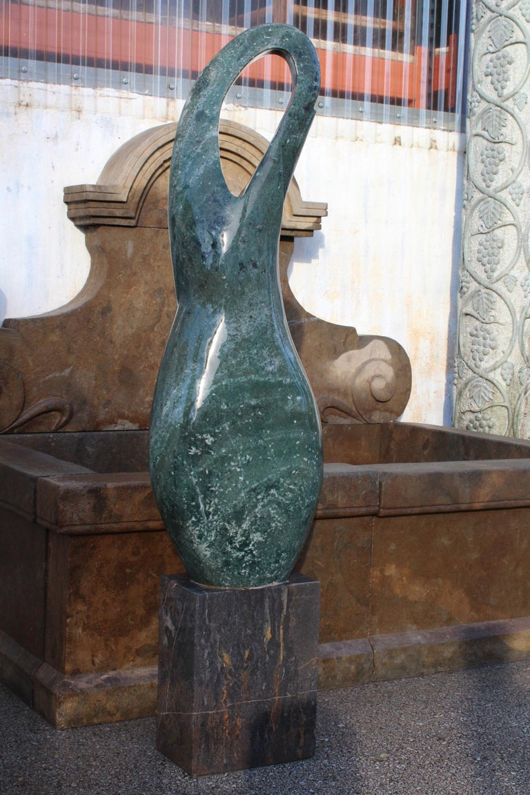 1990s Polished Modern Abstract Sculpture in Hand Carved Green Serpentine Marble For Sale 5