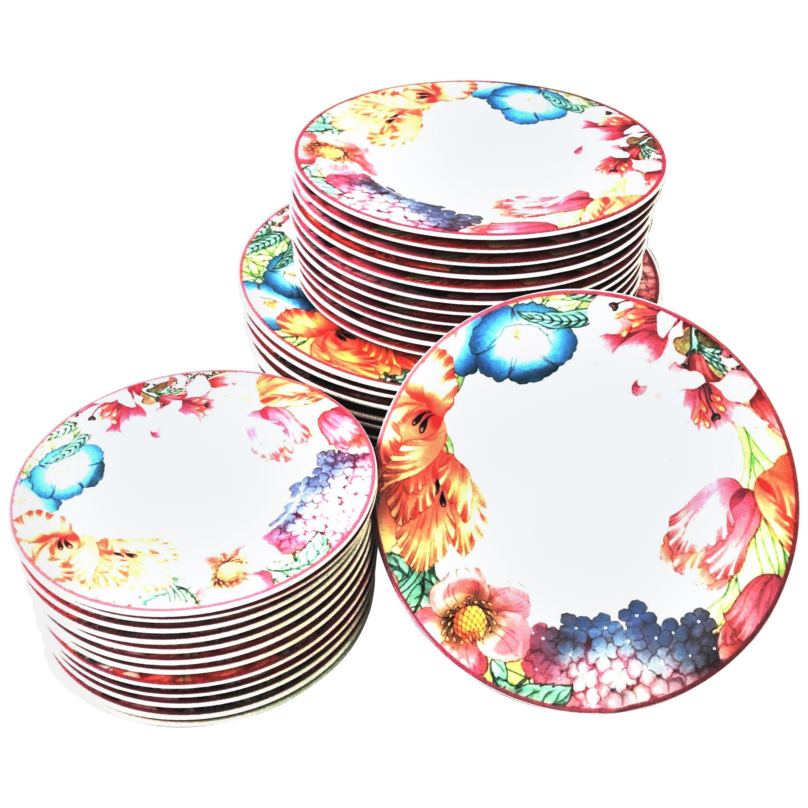 "1990s Porcelain Dinnerware ""Corolla"" by Villeroy & Boch, Germany Set of 36"
