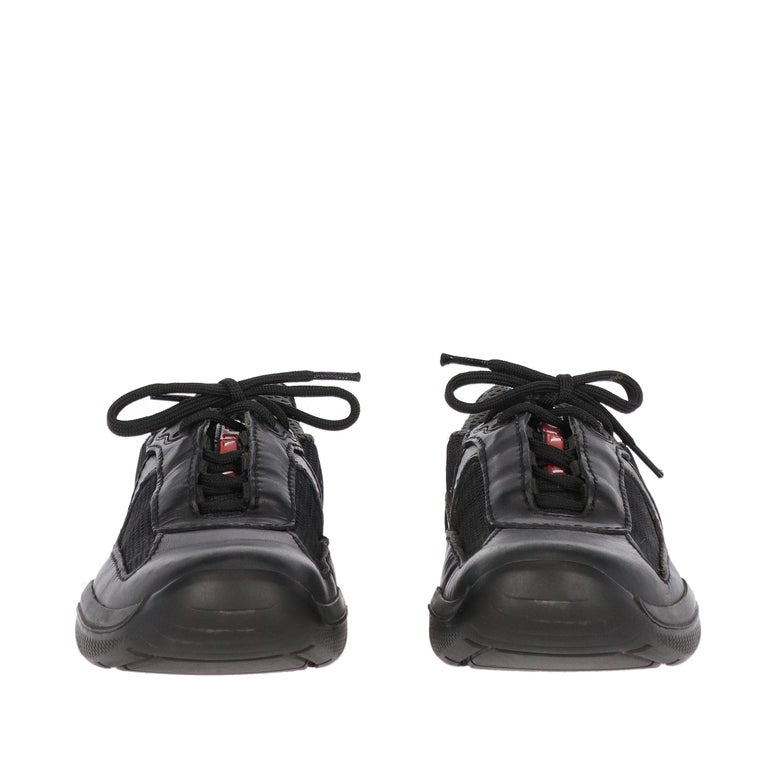 1990s Prada Black Lace-up Shoes In Good Condition For Sale In Lugo (RA), IT