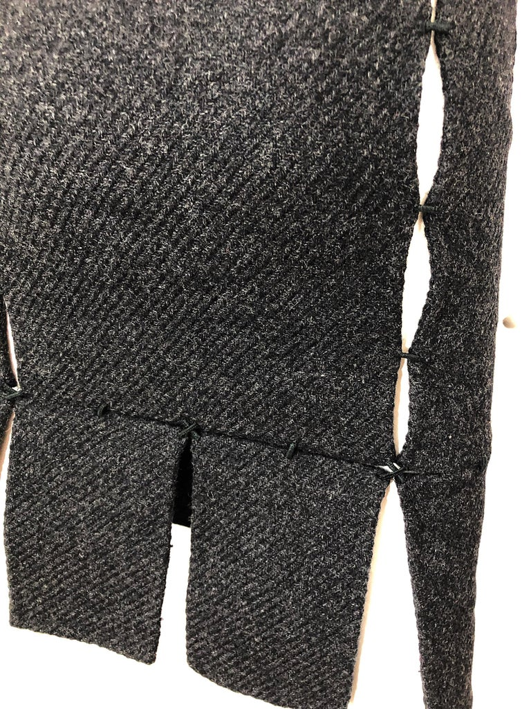 1990s Prada Charcoal Grey Cut - Out High Waisted Wool Vintage 90s Pencil Skirt For Sale 5