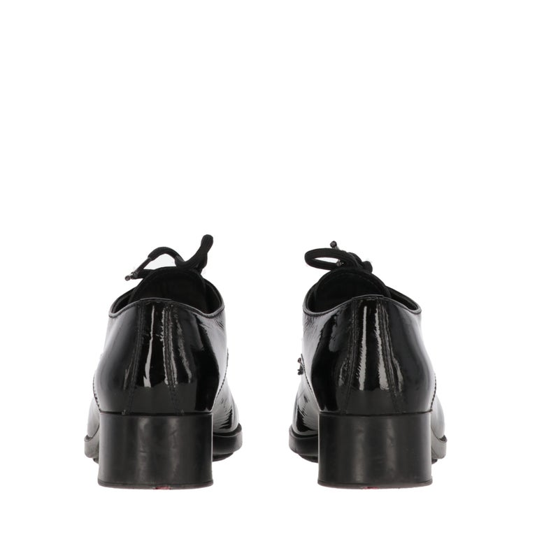 Women's 1990s Prada Leather Lace-up Shoes For Sale