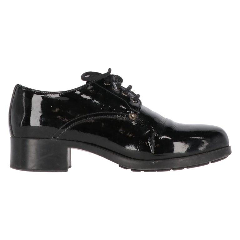 1990s Prada Leather Lace-up Shoes For Sale
