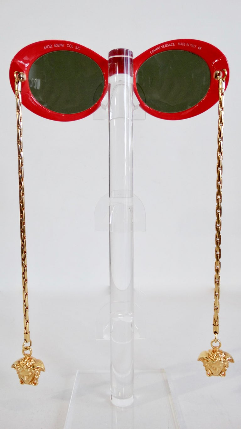 1990s Rare Versace Lipstick Red Oval Sunglasses with Medusa Head Chain Arms  For Sale 1