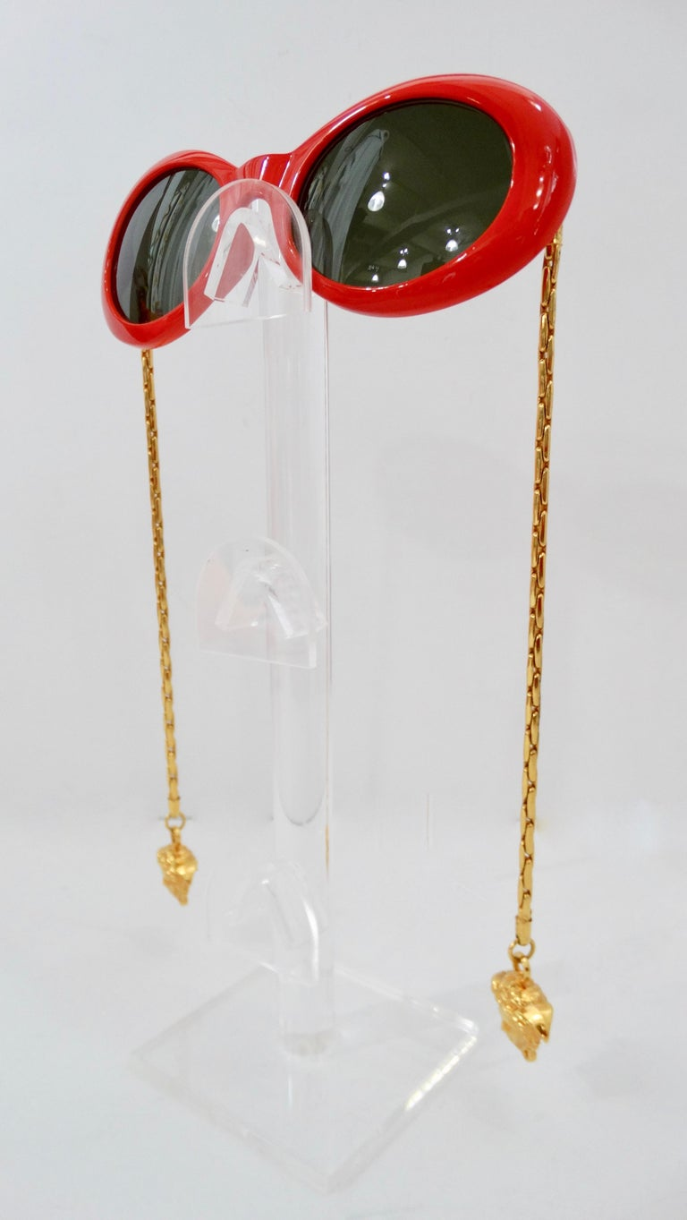 1990s Rare Versace Lipstick Red Oval Sunglasses with Medusa Head Chain Arms  For Sale 2