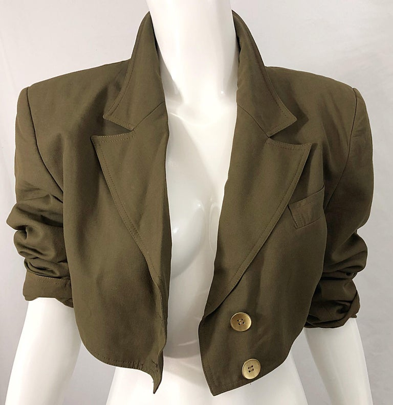 1990s Romeo Gigli Size 6 Army Green Rayon / Wool Vintage 90s Cropped Jacket For Sale 5