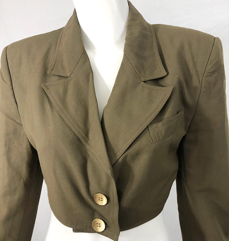 1990s Romeo Gigli Size 6 Army Green Rayon / Wool Vintage 90s Cropped Jacket For Sale 2