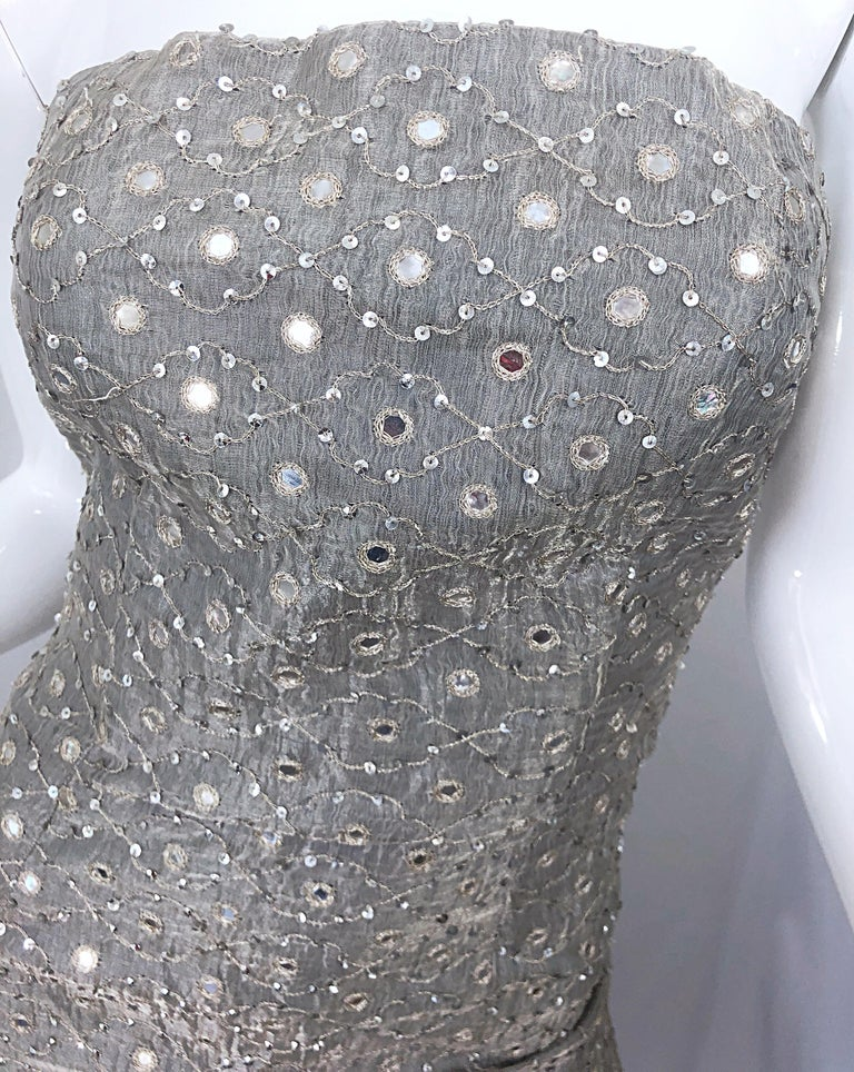 1990s Silver Grey Mirrored Sequins Size 6 Strapless Silk Vintage Gown Dress In Excellent Condition For Sale In Chicago, IL