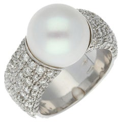 1990s South Sea Cultured Pearl Pave Diamonds Gold Cocktail Ring