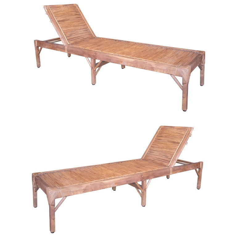 1990s Spanish Pair of Bamboo and Woven Wicker Swimming Pool Deck Chairs For Sale