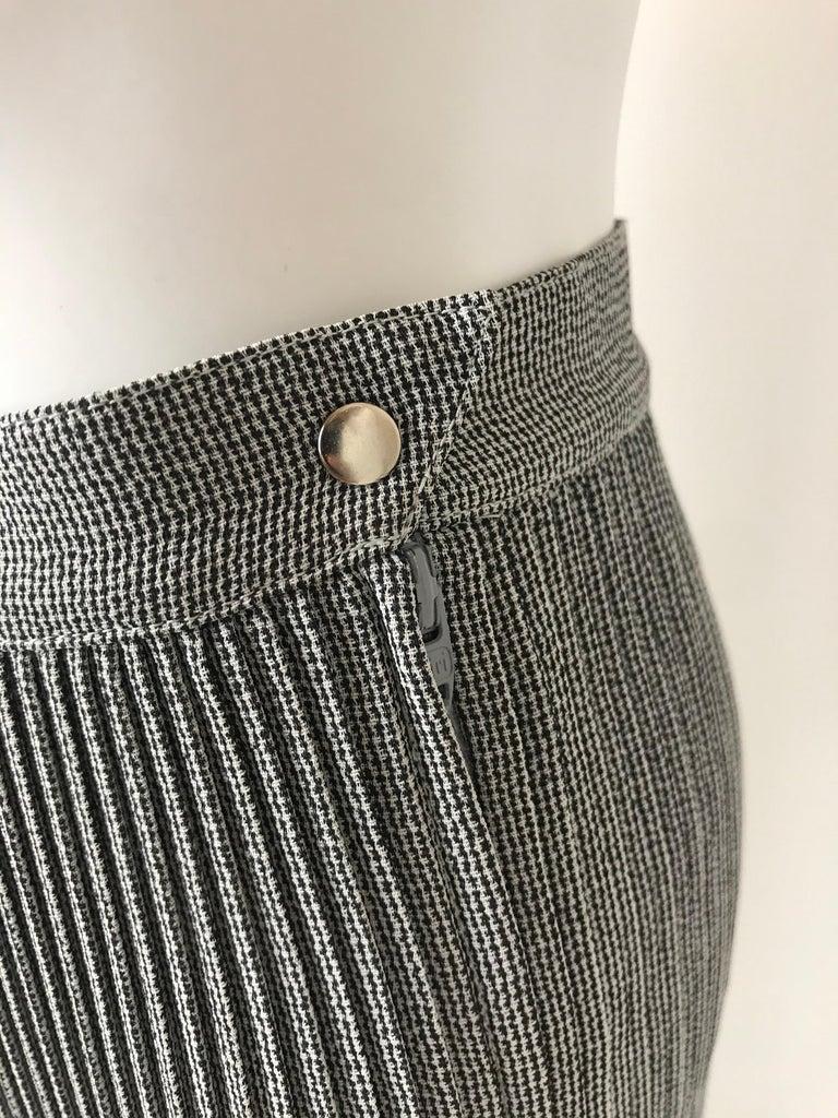 Women's 1990's Thierry Mugler Plissée Skirt Small For Sale