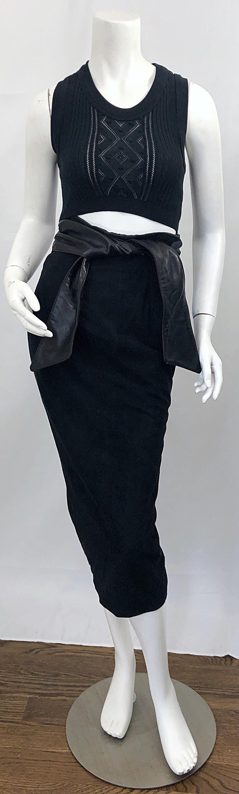 c8bc96466 Chic 1990s VAKKO Size 4 black suede and leather high waisted belted pencil  midi skirt!