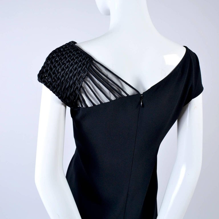 1990s Valentino Dress Black Crepe Evening Gown With Woven Shoulder Details In Excellent Condition For Sale In Portland, OR