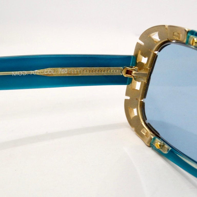 1990s Versace Dead Stock Chain Link Trim Sunglasses  For Sale 2