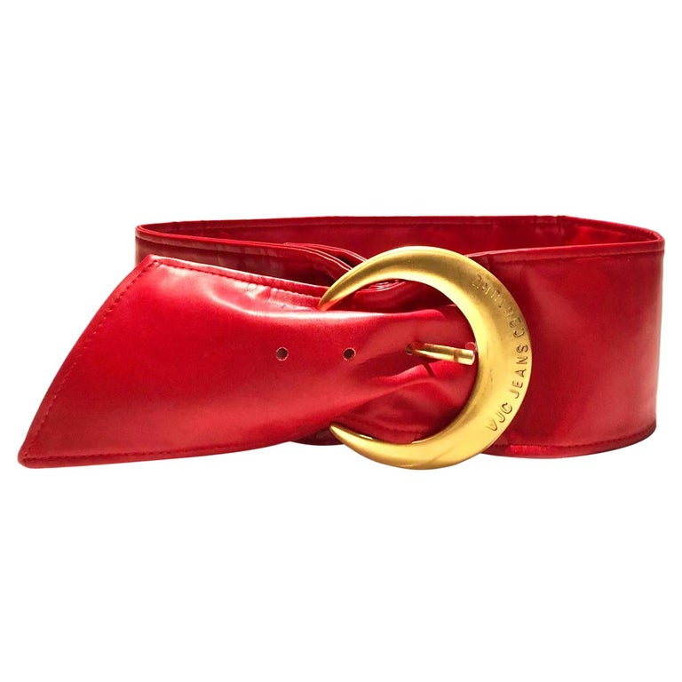1990s Versace Jeans Couture Red Leather Gold Buckle High Waist Belt For Sale