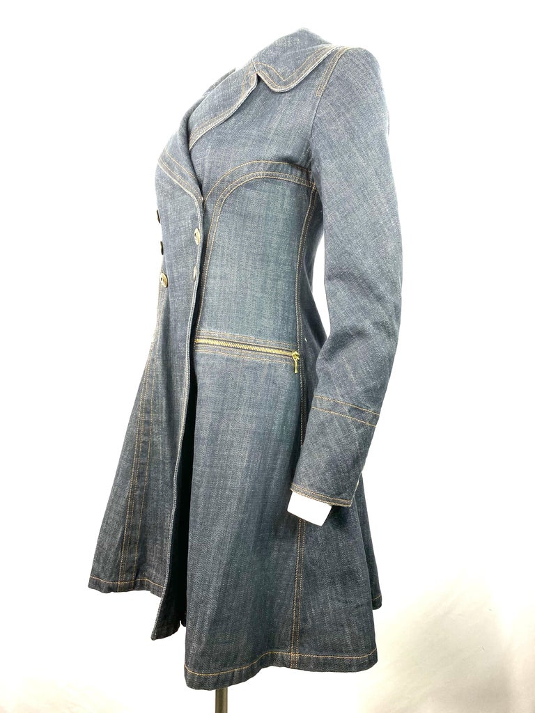 1990s Vintage Azzedine Alaia Denim Coat Jacket Size M In Excellent Condition For Sale In Beverly Hills, CA
