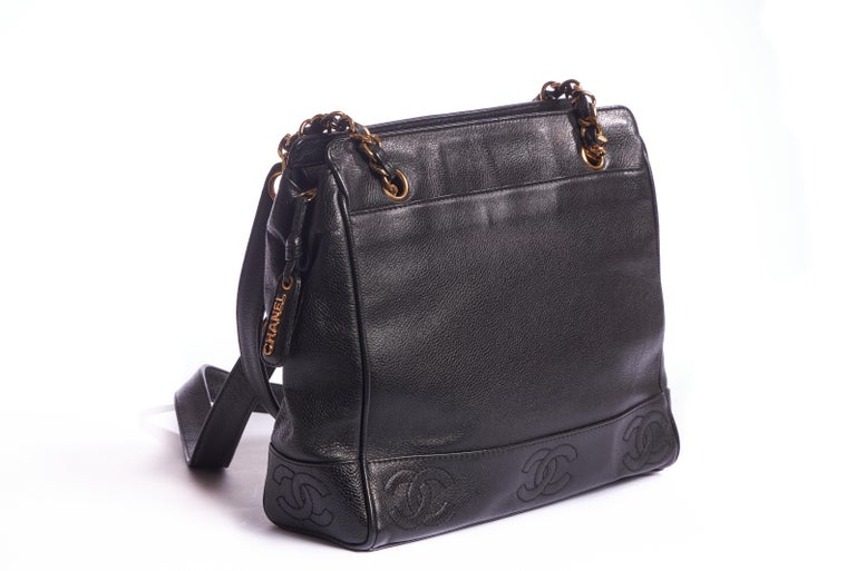 1990's Vintage Chanel Black Caviar Shoulder Tote In Good Condition For Sale In West Hollywood, CA