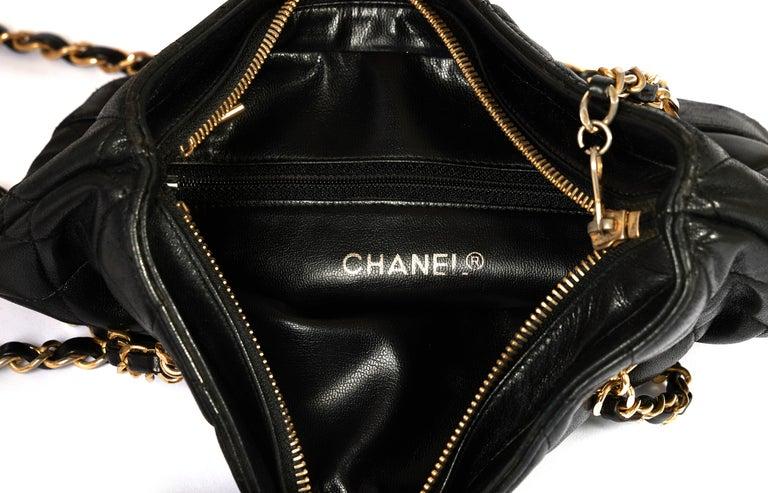 1990's Vintage Chanel Shoulder Bag Black Gold 2