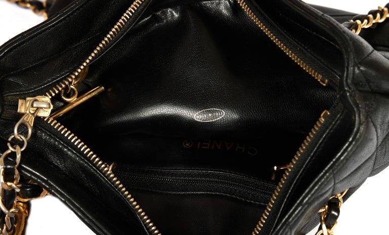1990's Vintage Chanel Shoulder Bag Black Gold 3