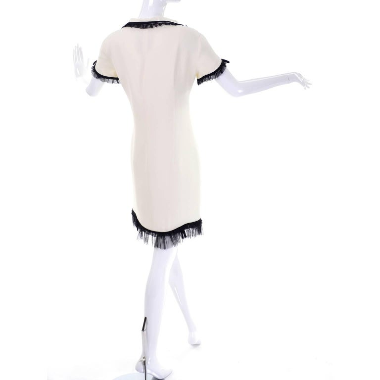 1990s Vintage Moschino Ivory Crepe Dress With Black Tulle Net Ruffle Trim & Bow In Excellent Condition For Sale In Portland, OR