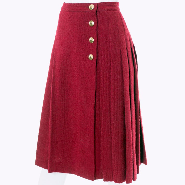 Yves Saint Laurent YSL Vintage Burgundy Red Boucle Wool Pleated 1990s Skirt For Sale 1