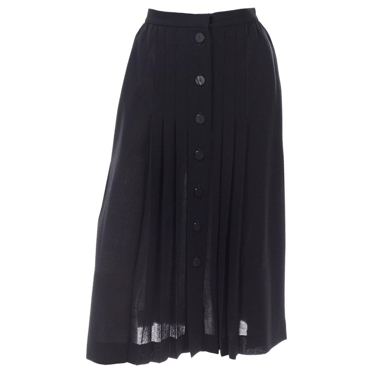 1990s Yves Saint Laurent Black Wool Pleated Midi Skirt Size 8/10 For Sale