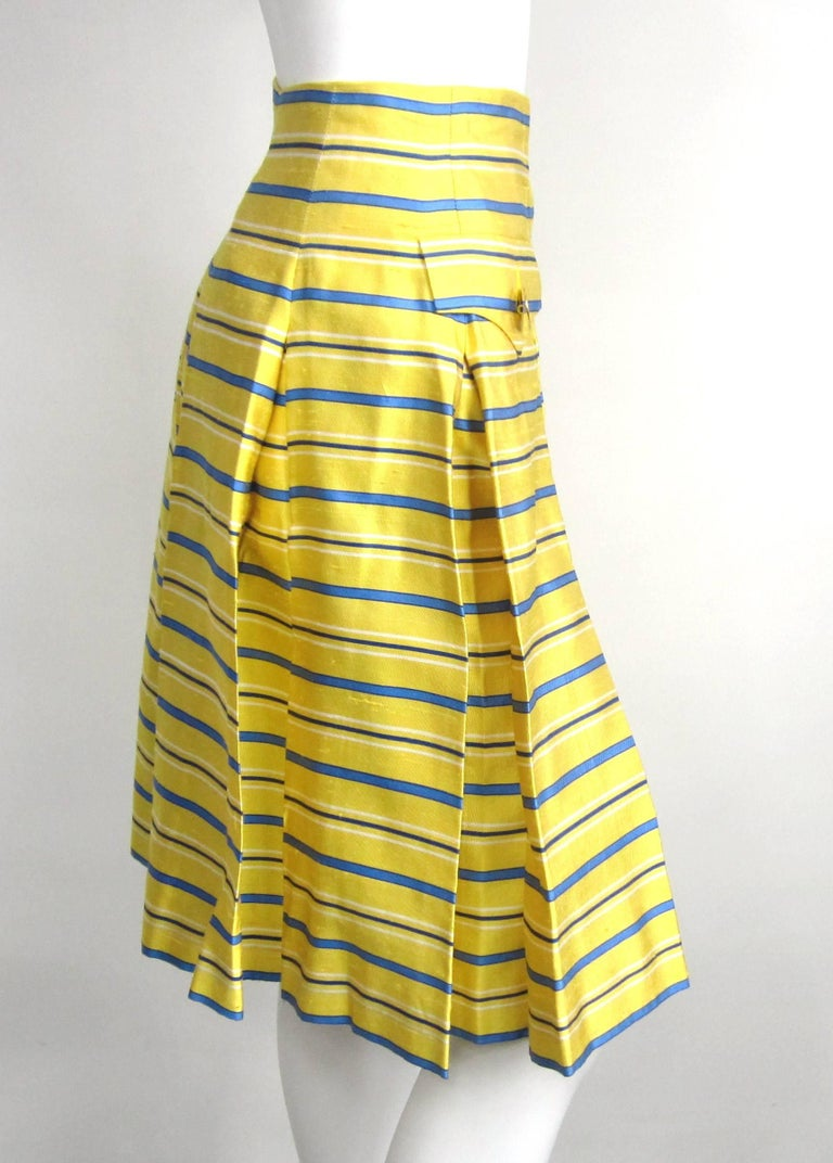 1990s Yves Saint Laurent Silk Dupioni Pleated Skirt size 34  In New Condition For Sale In Wallkill, NY