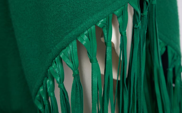 1990'sHermes Cashmere Leather Fringe Kelly Green Shawl In Good Condition For Sale In West Hollywood, CA