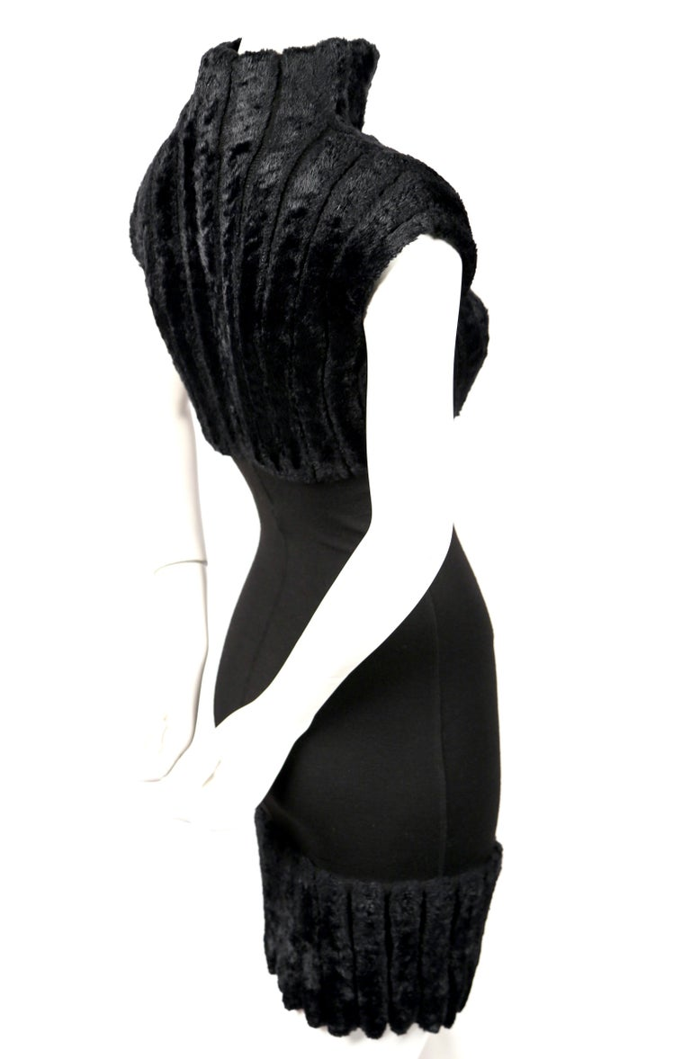 1991 AZZEDINE ALAIA black ribbed chenille dress In Excellent Condition For Sale In San Fransisco, CA