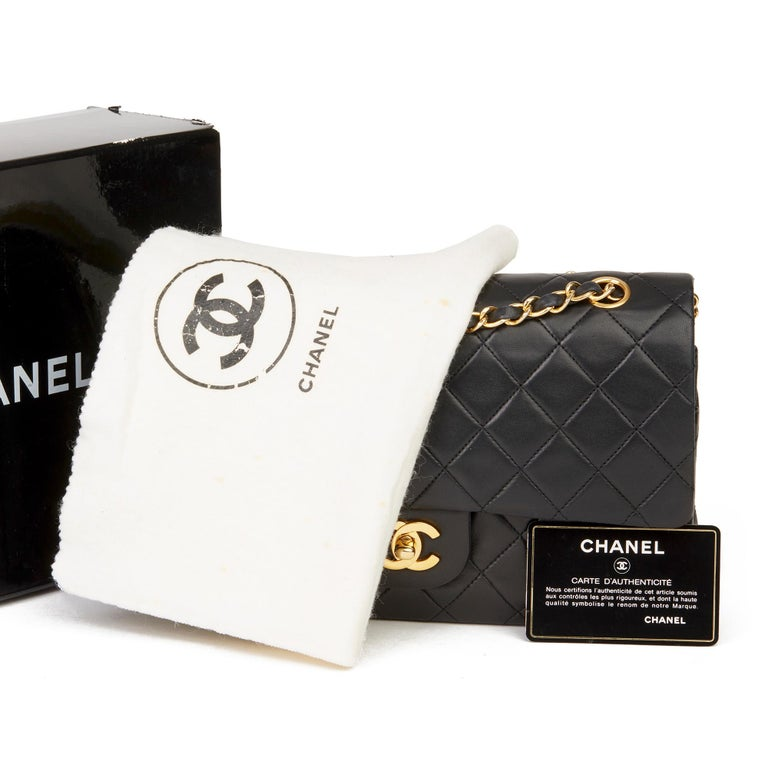 1991 Chanel Black Quilted Lambskin Vintage Medium Classic Double Flap Bag For Sale 8