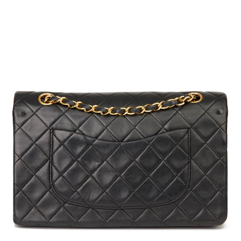1991 Chanel Black Quilted Lambskin Vintage Medium Classic Double Flap Bag For Sale 1