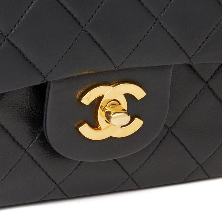 1991 Chanel Black Quilted Lambskin Vintage Medium Classic Double Flap Bag For Sale 3