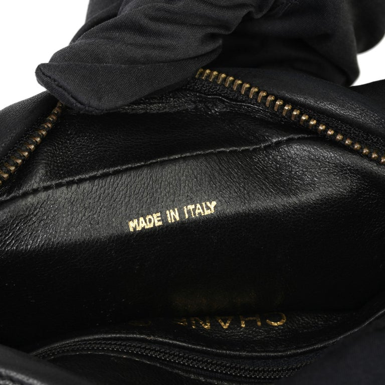 1991 Chanel Black Quilted Lambskin Vintage Timeless Fringe Camera Bag For Sale 5