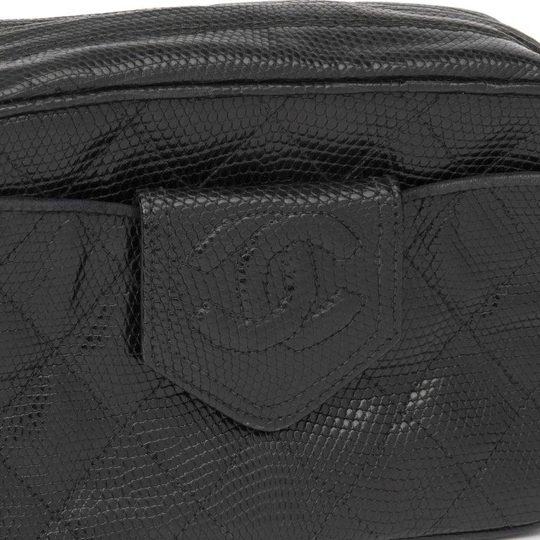 1991 Chanel Black Quilted Lizard Leather Vintage Camera Bag For Sale 3