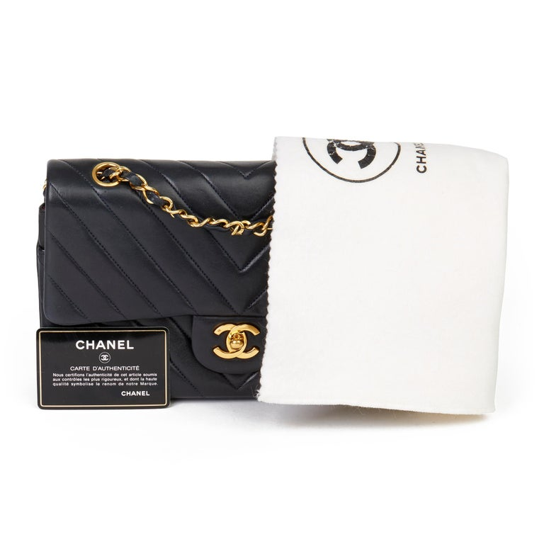 1991 Chanel Navy Quilted Chevron Vintage Medium Classic Double Flap Bag  7