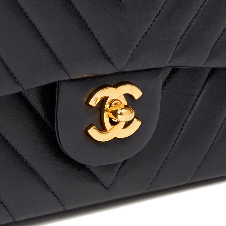 1991 Chanel Navy Quilted Chevron Vintage Medium Classic Double Flap Bag  2