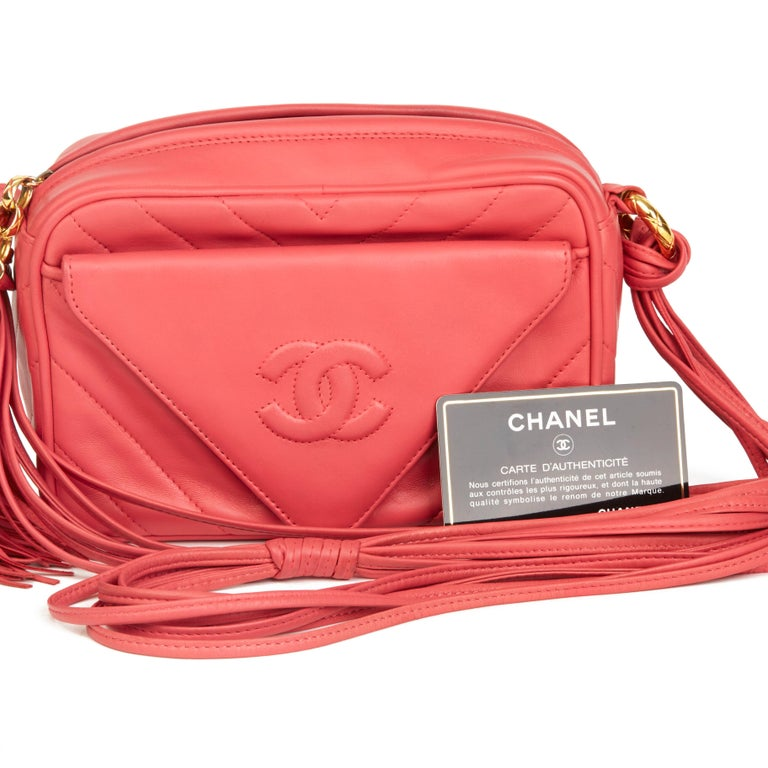1991 Chanel Pink Chevron Quilted Lambskin Vintage Timeless Camera Bag For Sale 7