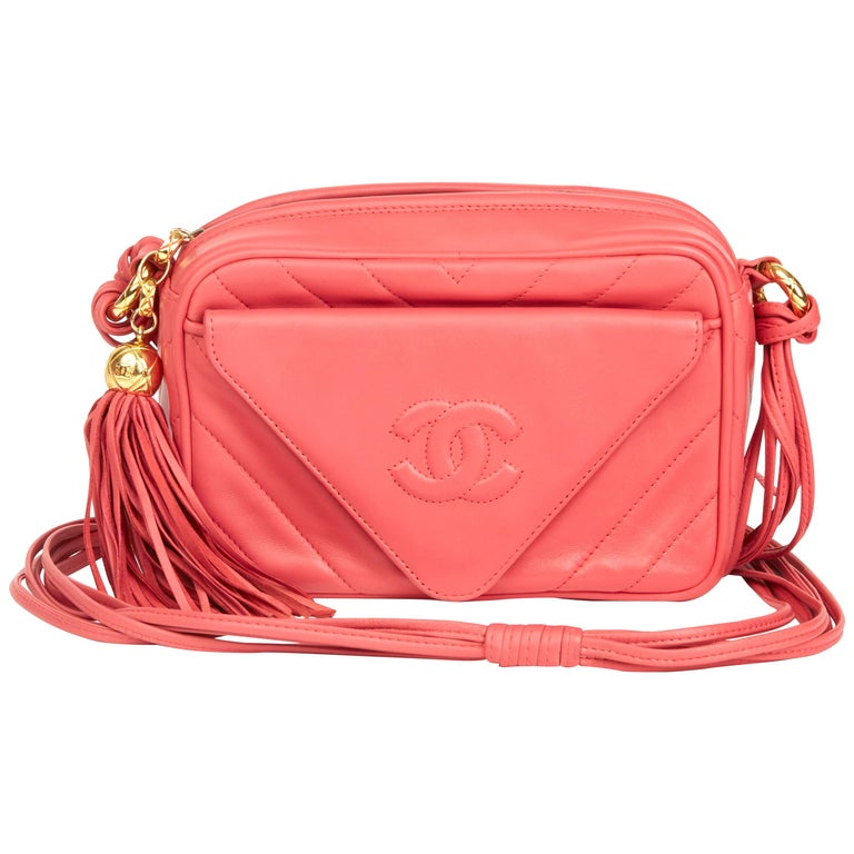 1991 Chanel Pink Chevron Quilted Lambskin Vintage Timeless Camera Bag For Sale