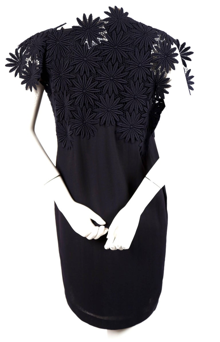1991 COMME DES GARCONS navy blue embroidered lace runway dress In Excellent Condition For Sale In San Fransisco, CA